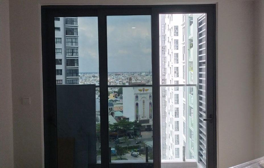 Thi công phim cách nhiệt Anygard CDR - BK 05 cho nhà chung cư