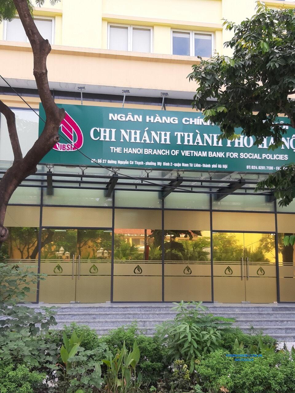 Thi công phim chống nắng cho Ngân hàng chính sách CN Mỹ Đình, Hà Nội