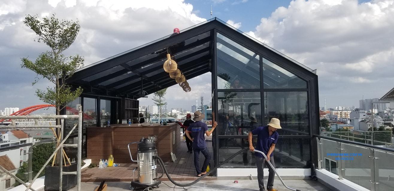 Phim cách nhiệt nhà kính sân thượng tại TP HCM