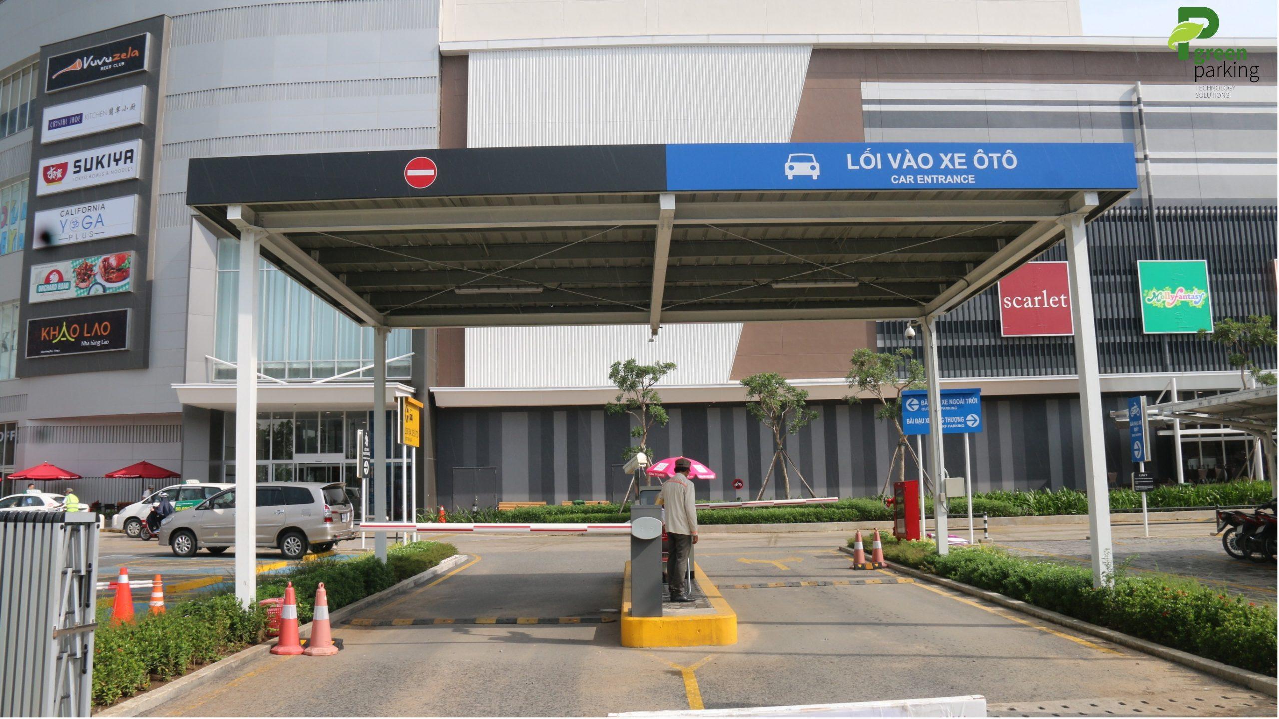 Dán bảo vệ kính cho toàn bộ AEONMALL Bình Tân, KCN Tân Bình